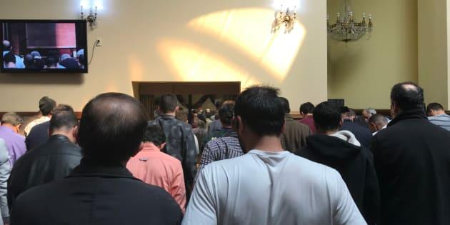 Après Christchurch, des musulmans partagent des images de mosquées pleines à craquer.