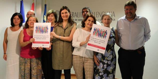 Presentación de la campaña 'En la Comunitat Valenciana todas las personas tienen derecho a la asistencia sanitaria' en julio de 2016