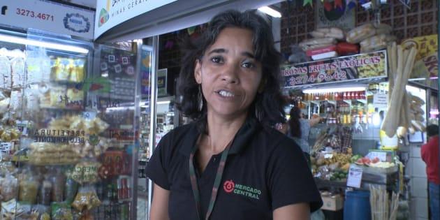 Faxineira poliglota do Mercado Central de Belo Horizonte receberá R$ 12 mil em indenização.