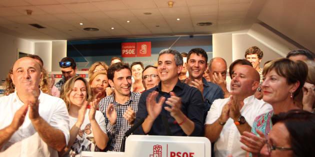 Pablo Zuloaga, tras su victoria en las primarias del PSOE de Cantabria
