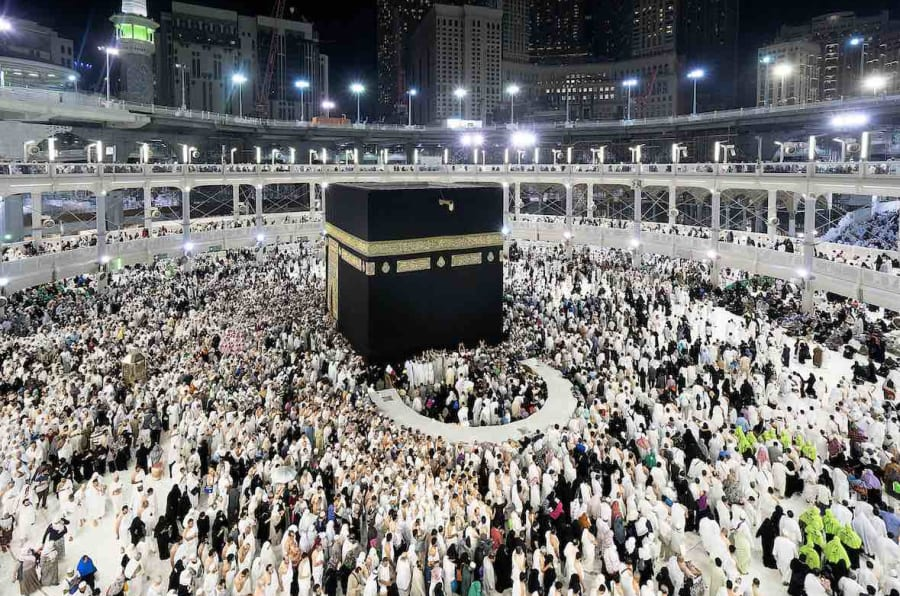 Tens of thousands come to the Holy Mosque every day to perform Umrah, a ritual in which Muslims go around the Holy Kaaba seven times in an anti-clockwise direction before making their way to Safa and Marwa to complete another Umrah ritual.