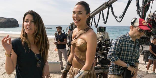"""Gal Gadot sur le tournage refuserait de tourner la suite de """"Wonder Woman"""" tant que Brett Ratner y est associé"""
