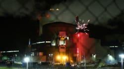 Pourquoi Greenpeace a tiré des feux d'artifice sur le site d'une centrale
