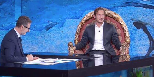 """Totti: """"Ilary? Va a letto col pigiamone, per spogliarla"""