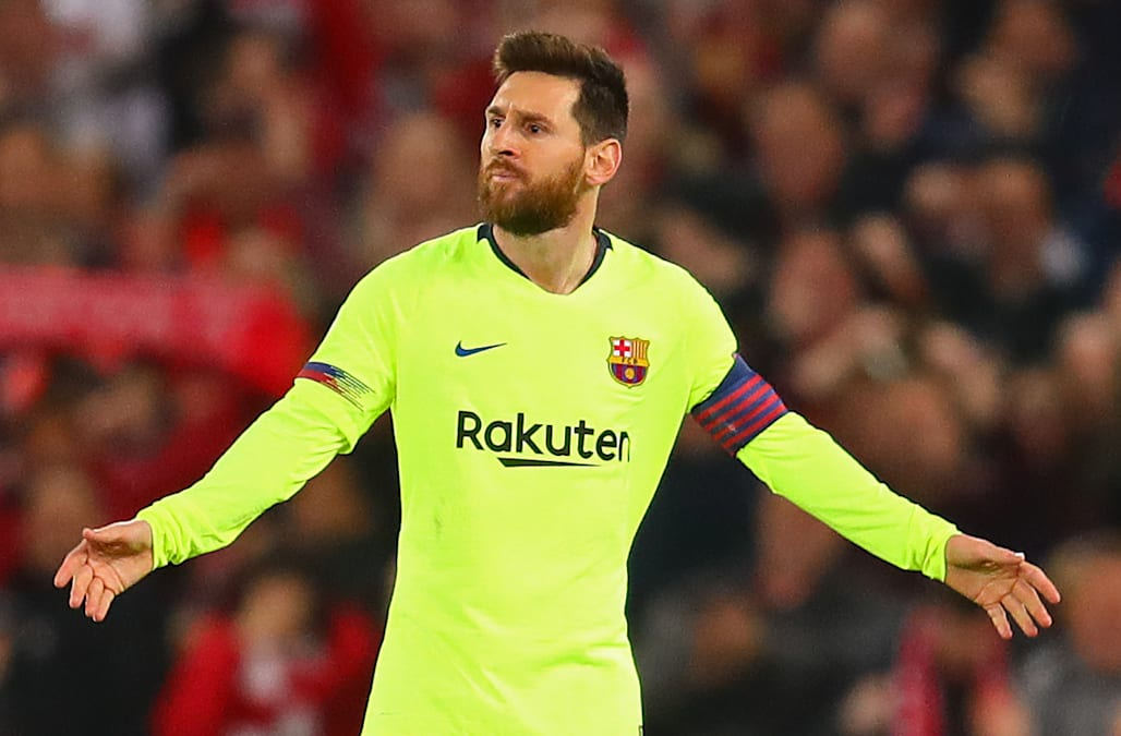 The Barcelona Team Bus Left Lionel Messi At Liverpool Fc S