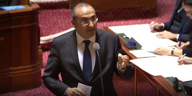 Pour le secrétaire d'État Laurent Nunez, certains policiers ont évité le lynchage grâce aux lanceurs de balle de défense décriés par le Défenseur des droits.