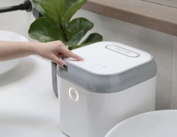 This UV sanitizer cleans your cell phone in minutes