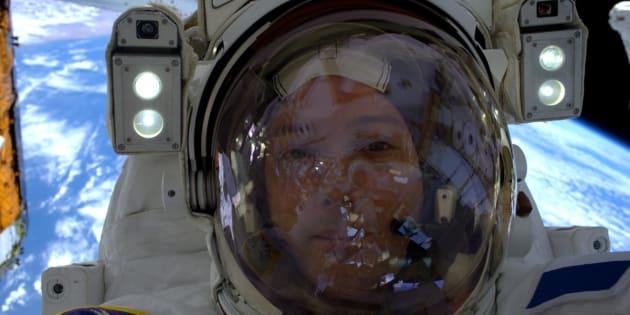 L'astronaute français Thomas Pesquet, lors de sa première sortie dans l'espace, le 13 janvier.