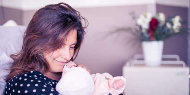 Laetitia Milot gagne son combat contre l'endométriose et donne naissance à une petite fille
