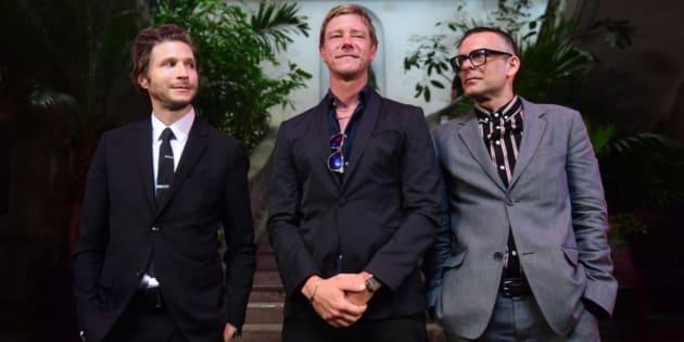 El pasado 7 de junio, Danniel Kessler (guitarra), Paul Banks (guitarra y vocalista) y Sam Fogarino (baterista) lanzaron Marauder y dieron una conferencia de prensa en CDMX.