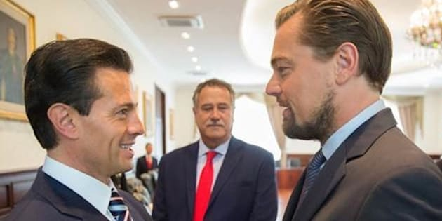 Mexican President Enrique Peña Nieto, actor Leonardo DiCaprio and billionaire Carlos Slim, right, meet before a Memorandum of Understanding is signed to protect the vaquita.