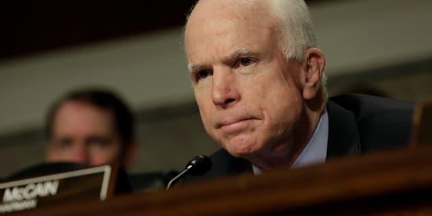 U.S. Senator John McCain (R-AZ) attends the Senate Armed Services Committee hearing on worldwide threats on Capitol Hill in Washington, U.S., May 23, 2017. REUTERS/Yuri Gripas