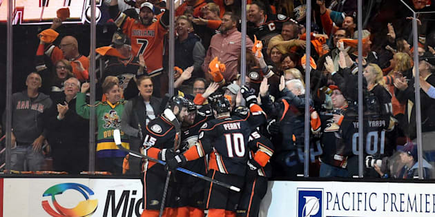 ANAHEIM, CA - MAY 10: The Ducks celebrate after Anaheim Ducks Left Wing Nick Ritchie (37) scored the go-ahead goal in the third period during game 7 of the second round of the 2017 NHL Stanley Cup Playoffs between the Edmonton Oilers and the Anaheim Ducks on May 10, 2017 at Honda Center in Anaheim, CA. The Ducks defeated the Oilers 2-1 to advance to the Western Conference Finals. (Photo by Chris Williams/Icon Sportswire via Getty Images)