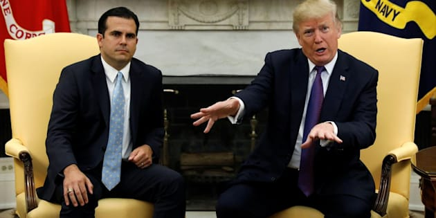 U.S. President Donald Trump meets with Puerto Rico Governor Ricardo Rossello in the Oval Office of the White House in Washington, U.S., October 19, 2017. REUTERS/Kevin Lamarque