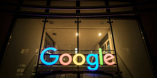 HAMBURG, GERMANY - NOVEMBER 02: The logo of Google at its German Office is pictured in the evening on November 02, 2017 in Hamburg, Germany. (Photo by Florian Gaertner/Photothek via Getty Images)