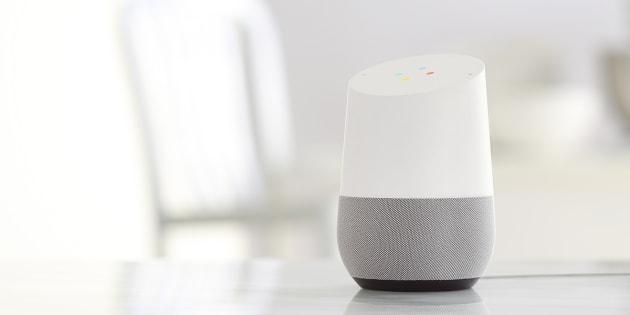 On A Testé Google Home, Le Majordome Virtuel Qui Veut Gérer Votre Maison Et  Votre Vie