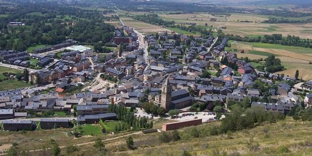 Llivia é um município espanhol cercado por território francês.