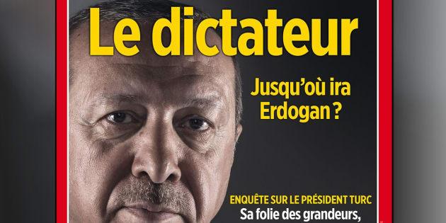 """Affiches du """"Point"""" enlevées par des pro-Erdogan: Emmanuel Macron juge l'affaire """"parfaitement inacceptable""""."""
