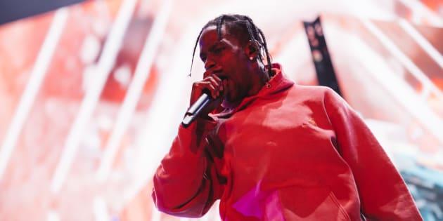 Le rappeur Travis Scott a déçu plusieurs festivaliers avec son retard et sa courte prestation à Osheaga, vendredi dernier.
