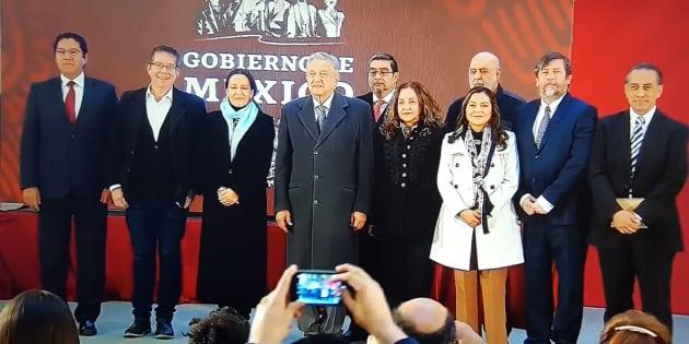 El presidente Andrés Manuel López Obrador dio a conocer que de ser aprobado por el Senado, el periodistas Jenaro Villamil dirigirá el Sistema Público de Radio y Televisión.