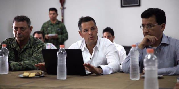 El gobernador Alejandro Murat aseguró que se reforzará la seguridad en beneficio de las familias oaxaqueñas.