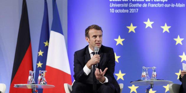 Le plan de Macron pour garder le drapeau européen à l'Assemblée