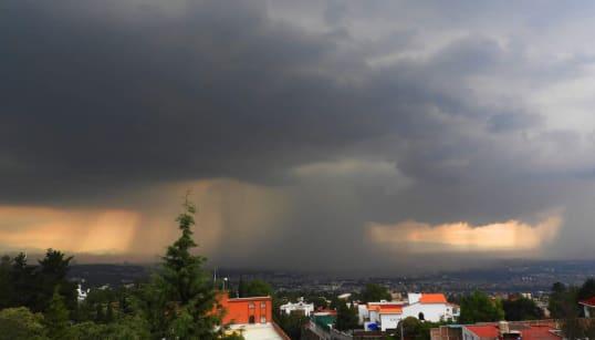 ☔🌧️ ¿Viste este 'hongo' de lluvia? Amenaza con repetirse en