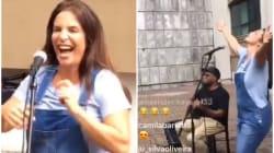 Ivete Sangalo festejou aniversário com show na porta do prédio onde mora (e foi