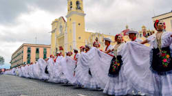 📹 Xalapa baila 'La bamba' y logra récord