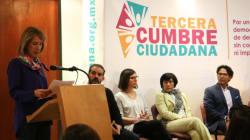 Ante gobernantes que 'le quedaron chicos a México', ciudadanos marcan
