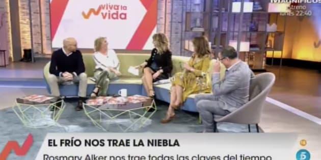 Emma García y sus colaboradores en el plató de 'Viva la vida'