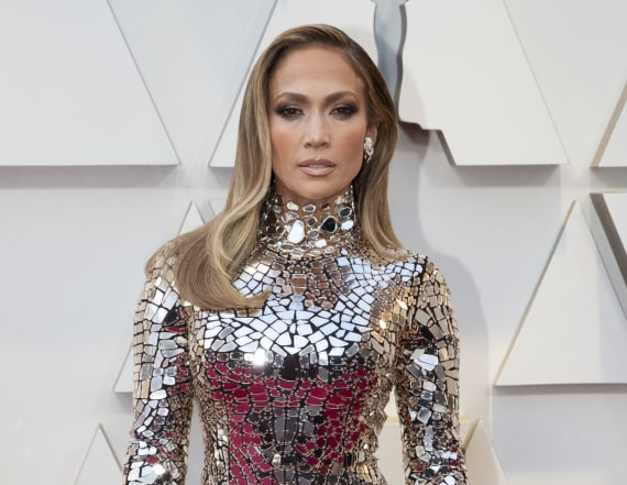 Jennifer Lopez to receive CFDA Fashion Icon Award