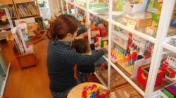 「店内で子どもを自由にさせないで」店員のツイートに思う
