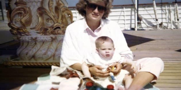 Lady Diana et le prince Harry.