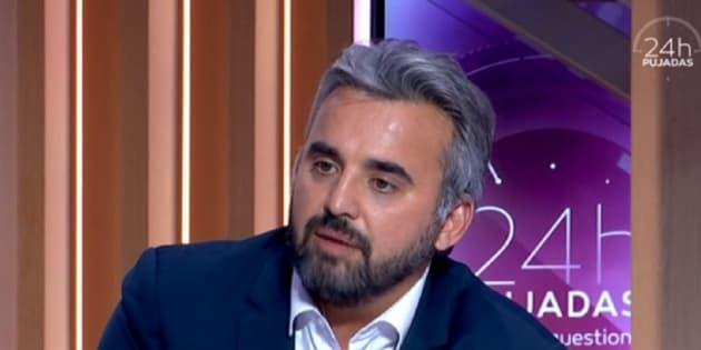 Critiqué pour son HLM parisien, Alexis Corbière s'énerve et se dit