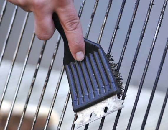 Man shares photo to warn against grill brush use