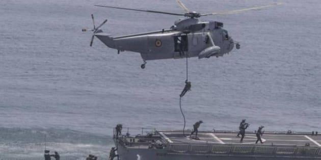 Ejercicio MILEX 18 en el portaaeronaves Juan Carlos I, en la Base Naval de Rota (Cádiz).