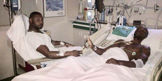 Abidal y su primo y donante, en plena recuperación.