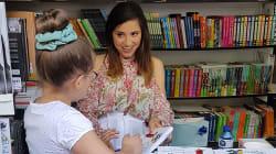 'Booktubers', 'youtubers' y autores de infantil y juvenil rejuvenecen la Feria del Libro de