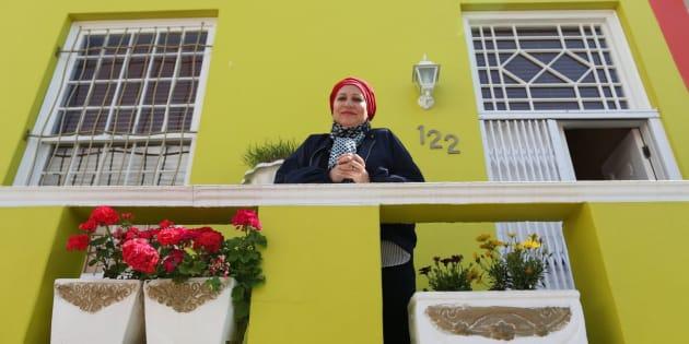 Faldela Tolker sur sa terrasse Bo-Kaap.