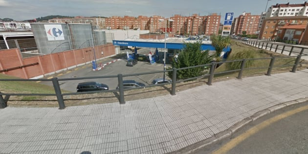 Gasolinera en La Calzada, Gijón.