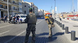 Auto contro fermata dell'autobus a Marsiglia, uccisa una