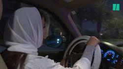 Les images des premières saoudiennes à conduire dès la levée de l'interdiction à