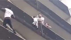 Il escalade un immeuble pour sauver un enfant suspendu dans le