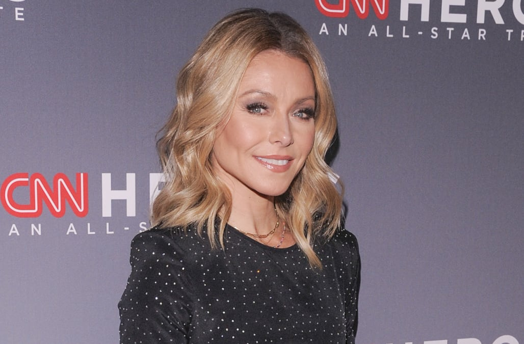 Kelly Ripa Reveals Huge Amount Of Coffee She Drinks Every Day Aol