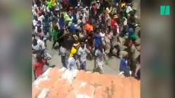 Après plusieurs jours de violences, les Haïtiens demandent la destitution de leur