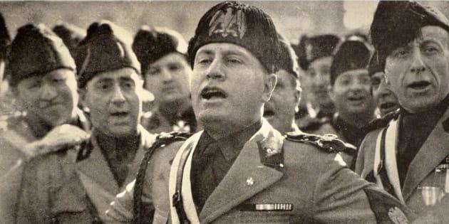 Livorno revoca cittadinanza onoraria a Mussolini. Nogarin (M