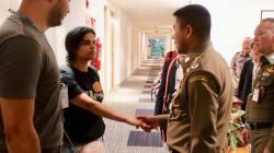 La joven saudí que se atrincheró en Bangkok por las amenazas de su familia queda bajo la protección de