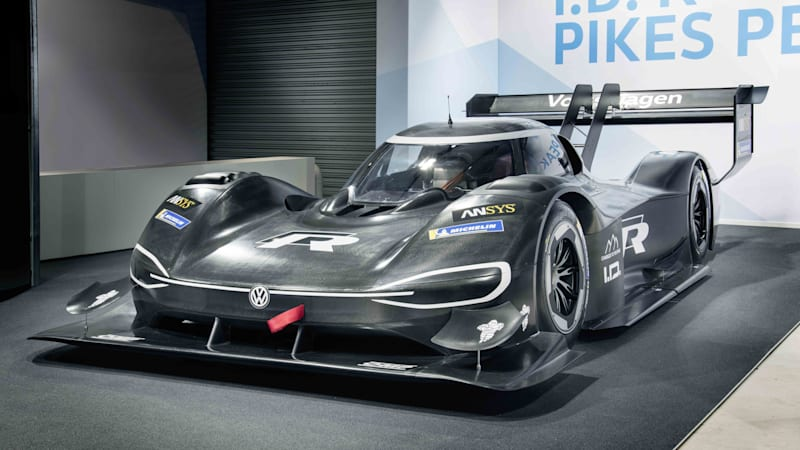 Volkswagen I.D. R Pikes Peak debuts, ready to tackle the EV record