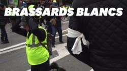 Un service d'ordre encadre les gilets jaunes à Paris pour la première
